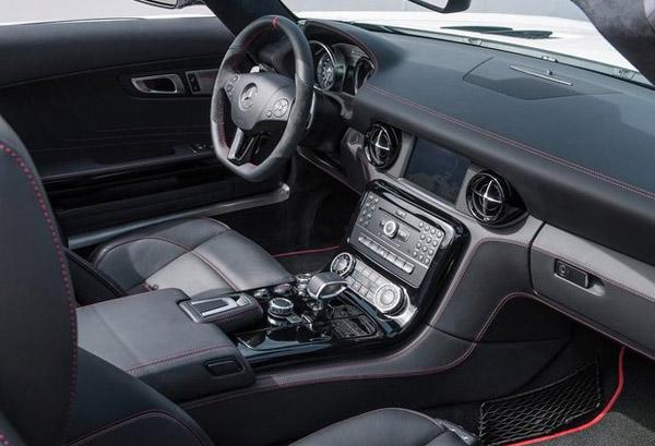 Электромобиль Mercedes Benz SLS AMG