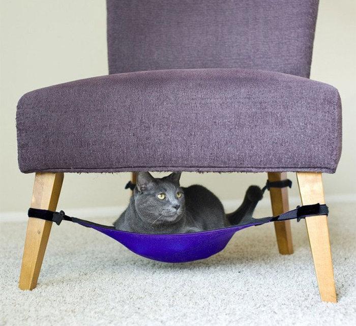 Кресло с гамаком для кота от catcrib.com.