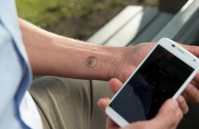 VivaLnk – цифровая татуировка для разблокировки смартфона