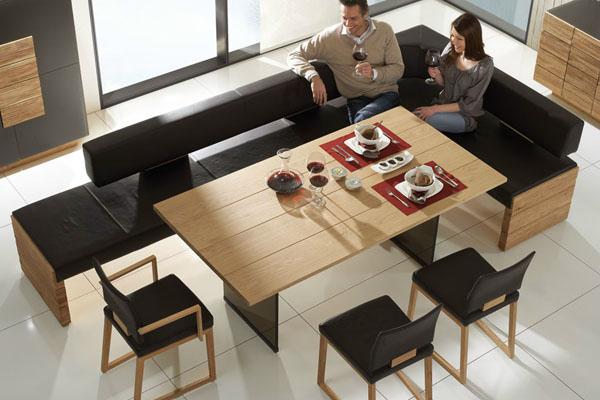 Раздвижной контрастный стол