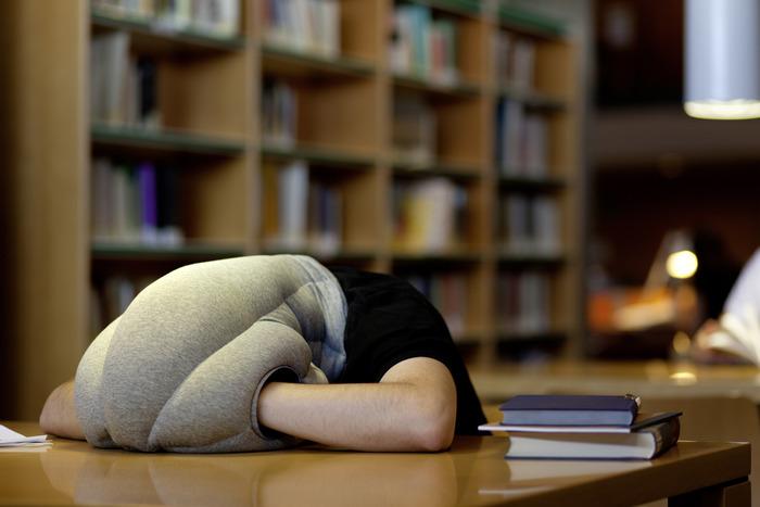 Подушка для отдыха на рабочем месте.