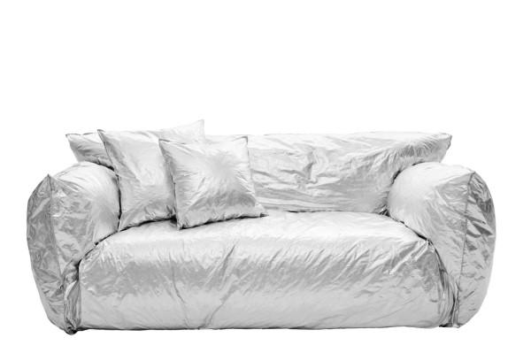 Уютный мягкий диван из серии Nuvola collection.