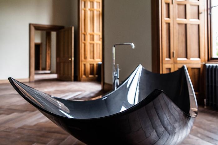 Ванная-гамак от бюро Splinter works.