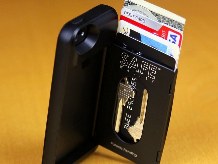 Чехлы для iPhone с тайными отделениями
