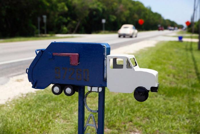 Почтовые ящики в маленьком американском городке.