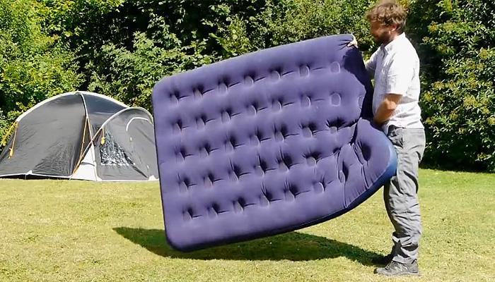 Лайфхак для пользователей надувных матрасов.