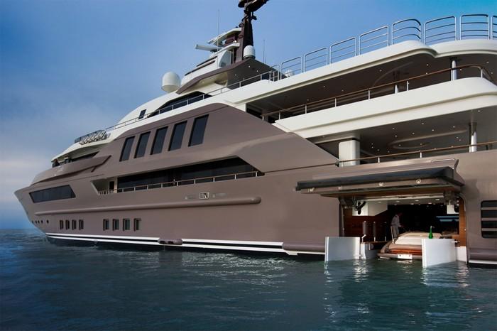 J'ade – яхта-матрешка для очень богатых людей
