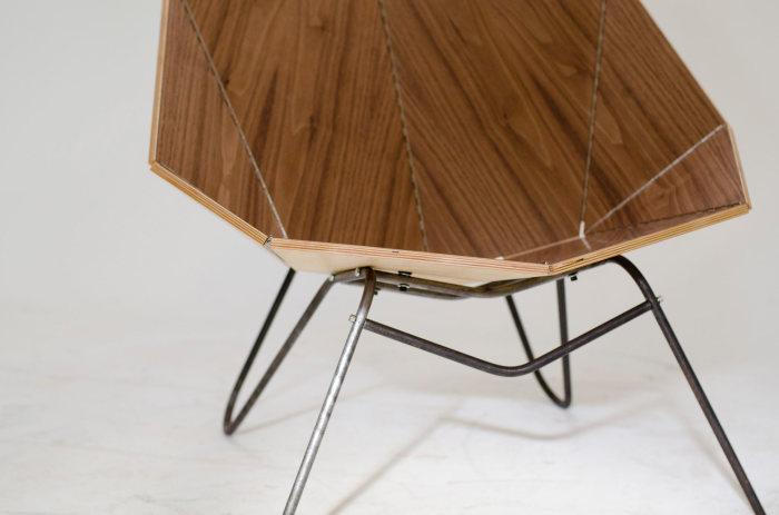 Дизайн кресла от студии blackLAB architects.