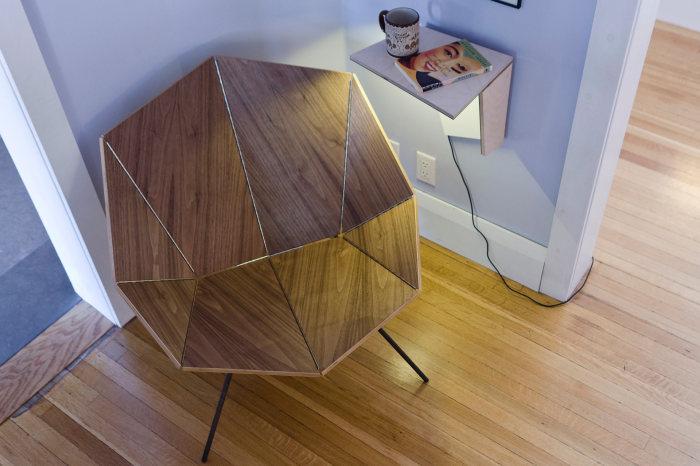 Стильное деревянное кресло под названием Origami Chair.