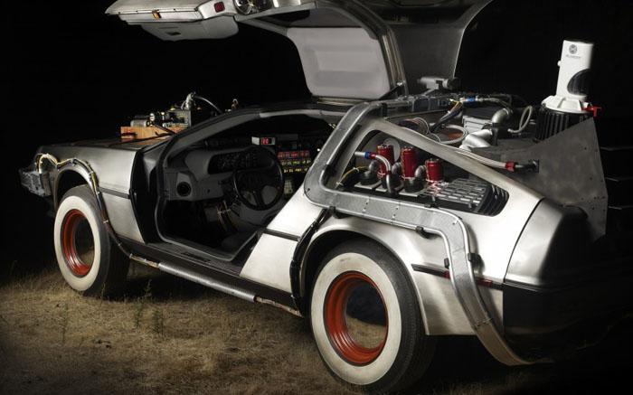 Автомобиль Делориан - «Назад в будущее»