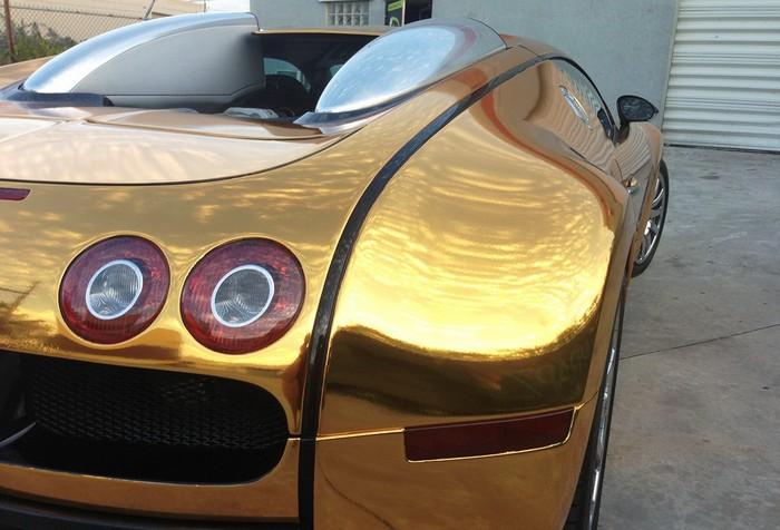 Golden Gatti – золотой автомобиль Bugatti