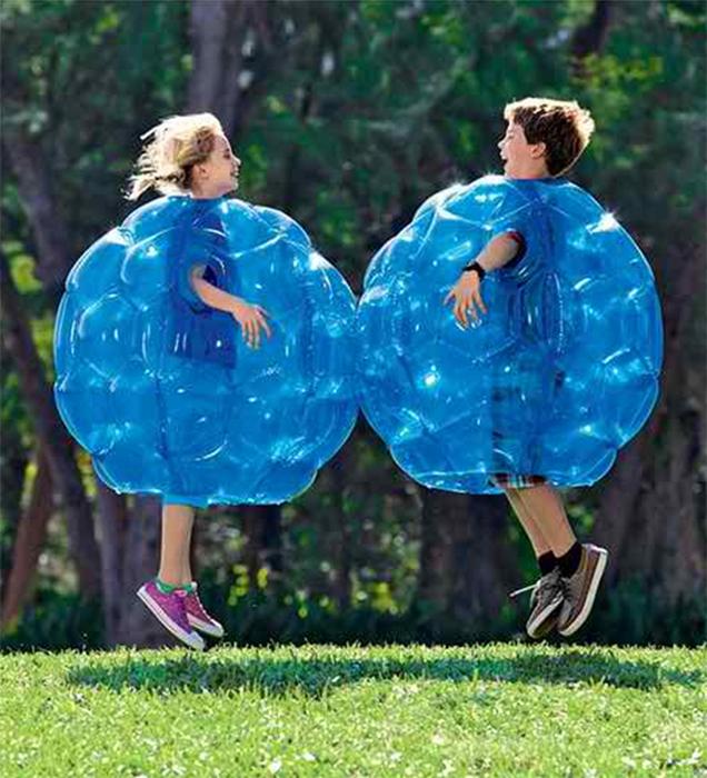 Силиконовые пузыри-костюмы.