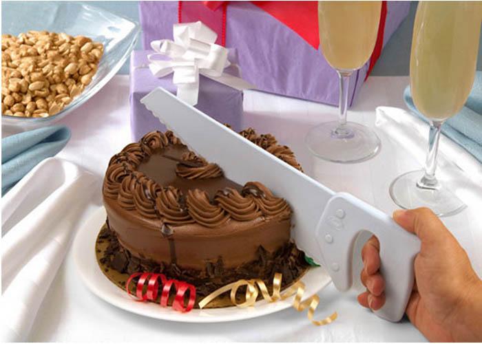 Пила для разрезания торта.