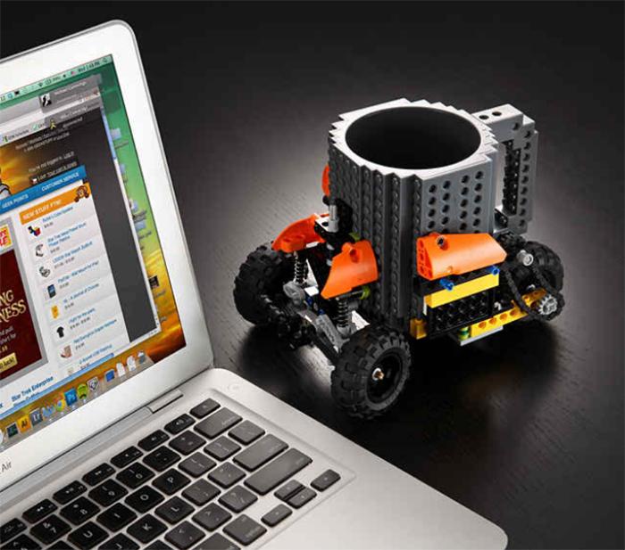 Подставка под кофе Лего.