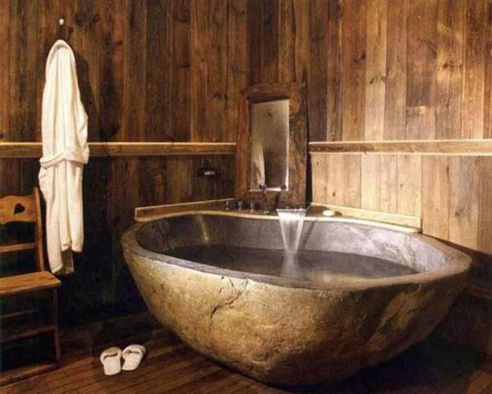 Ванна из натурального камня.