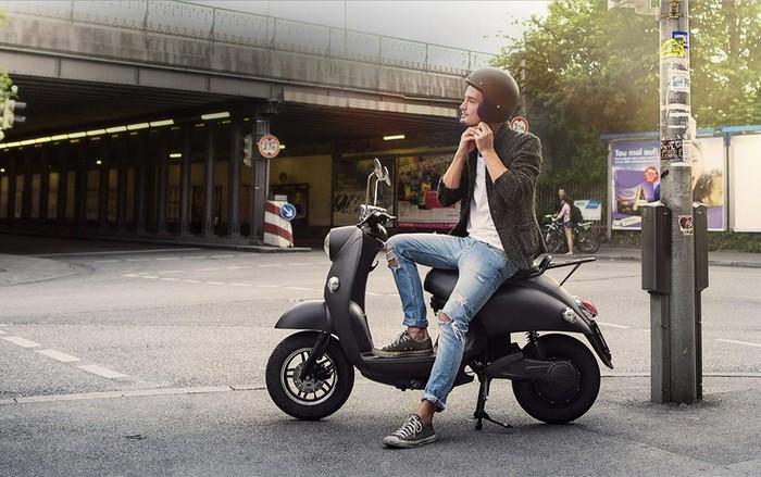 UNU – электрический скутер для путешествий на дальние расстояния