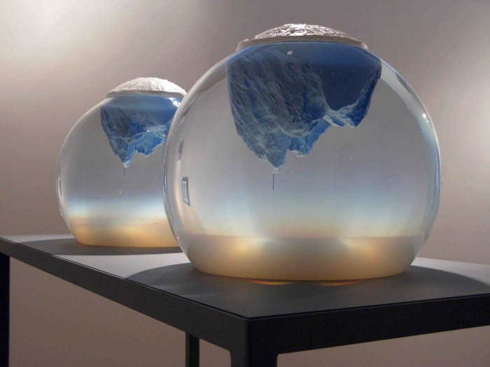 Аквариумные скульптуры от Mariele Neudecker.