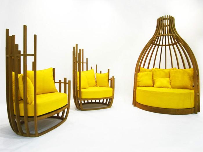 Мягкие диванчики, напоминающие пчелиные ульи.
