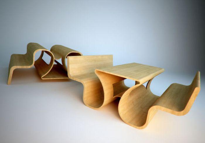 Лавка, соединенная со столом для отдыха на природе.