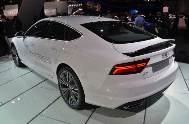 Гибридный Audi A7 Sportback h-tron Quattro