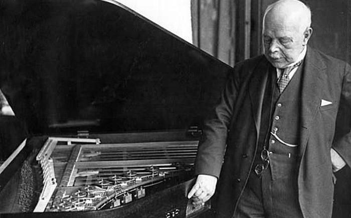 Электронное пианино. Вальтер Герман Нернст