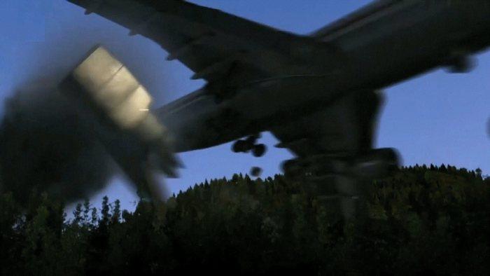 Japan Airlines рейс 123 - 520 жертв и 4 выживших.