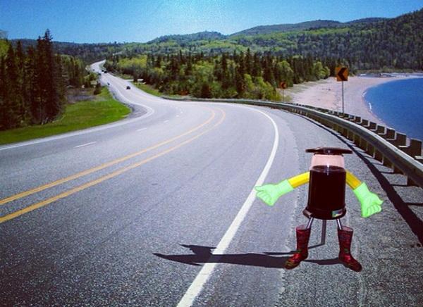 hitchBOT – робот, который совершит самостоятельное путешествие через Канаду