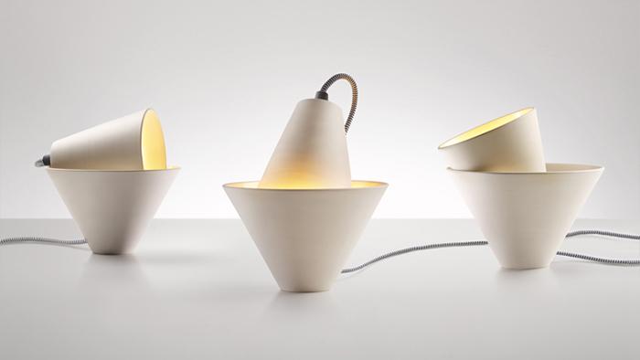 Керамические светильники-конусы.