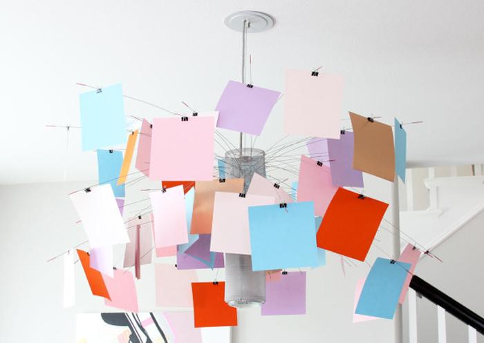 Бумажный абажур, который пользователь создает самостоятельно.