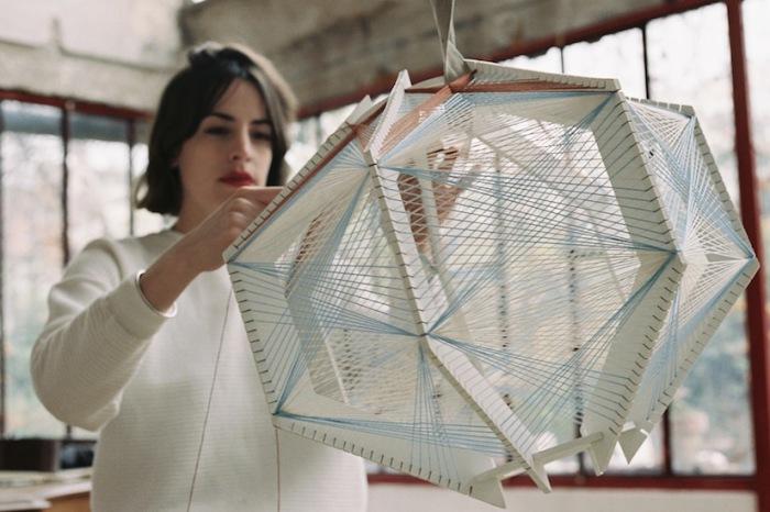 Элегантная лампа ручной работы от Джули Лэнсом (Джули Лэнсом)