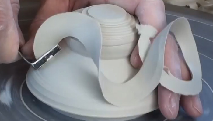 Гончарное мастерство. Процесс создания горшка и 2х крышек.