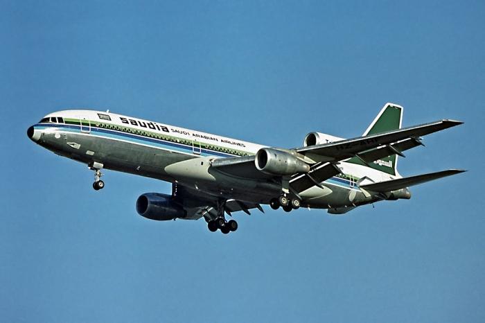 Saudia рейс 163 - самолёт сгоревший от печей паломников.